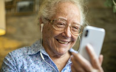 Ways to help the elderly stay connected